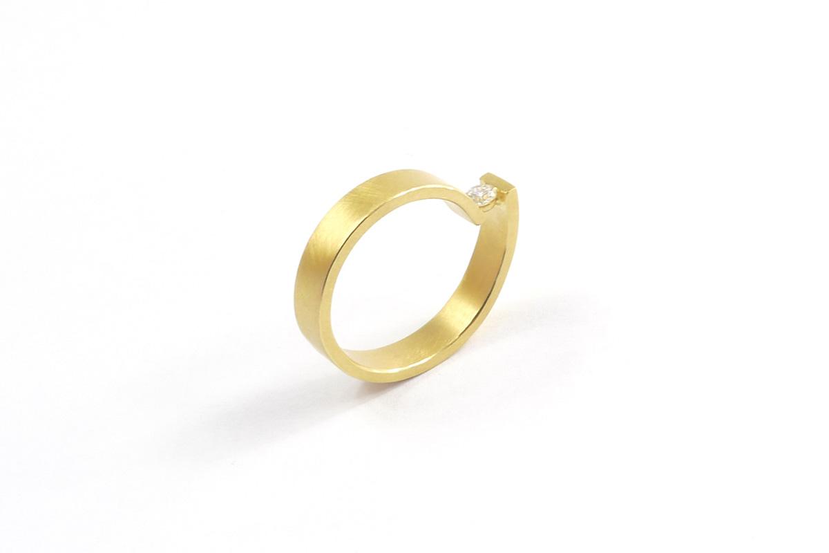 Ring_Looping_Diamond.0.12ct_YG.750°°°_2
